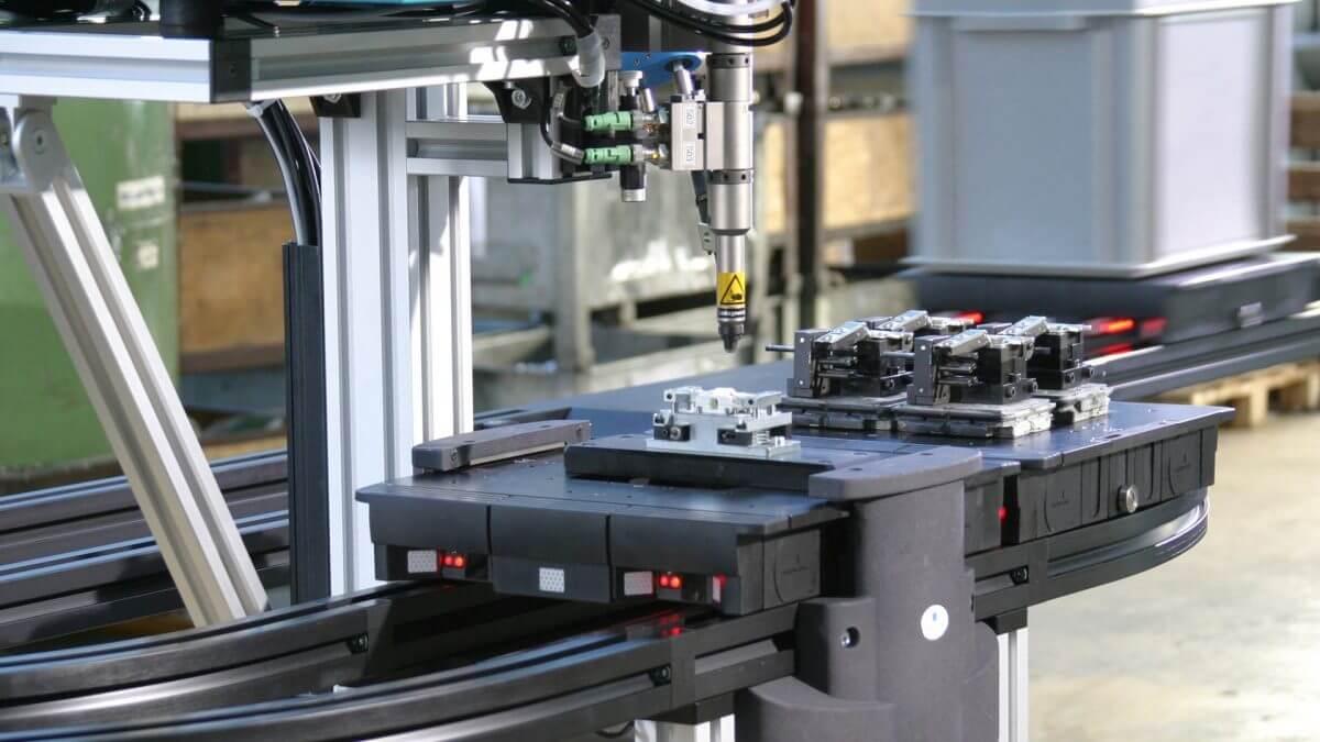 1997-Gründung-Servus-Robotics_1920x1080